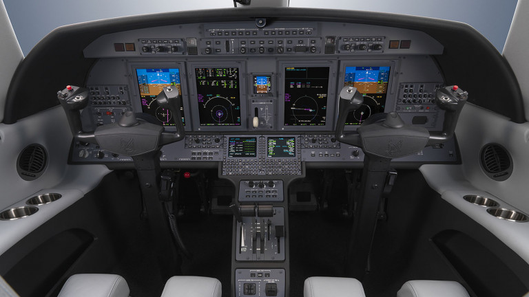 Cessna_Citation_Jet_CJ4_Cockpit