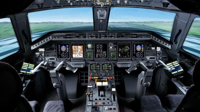 Embraer_Legacy_650_cockpit