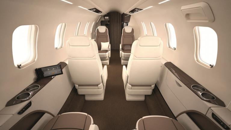 Bombardier_Learjet_70_Cabin