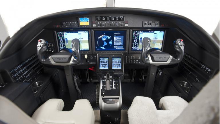 Cessna_Citation_M2_Cockpit