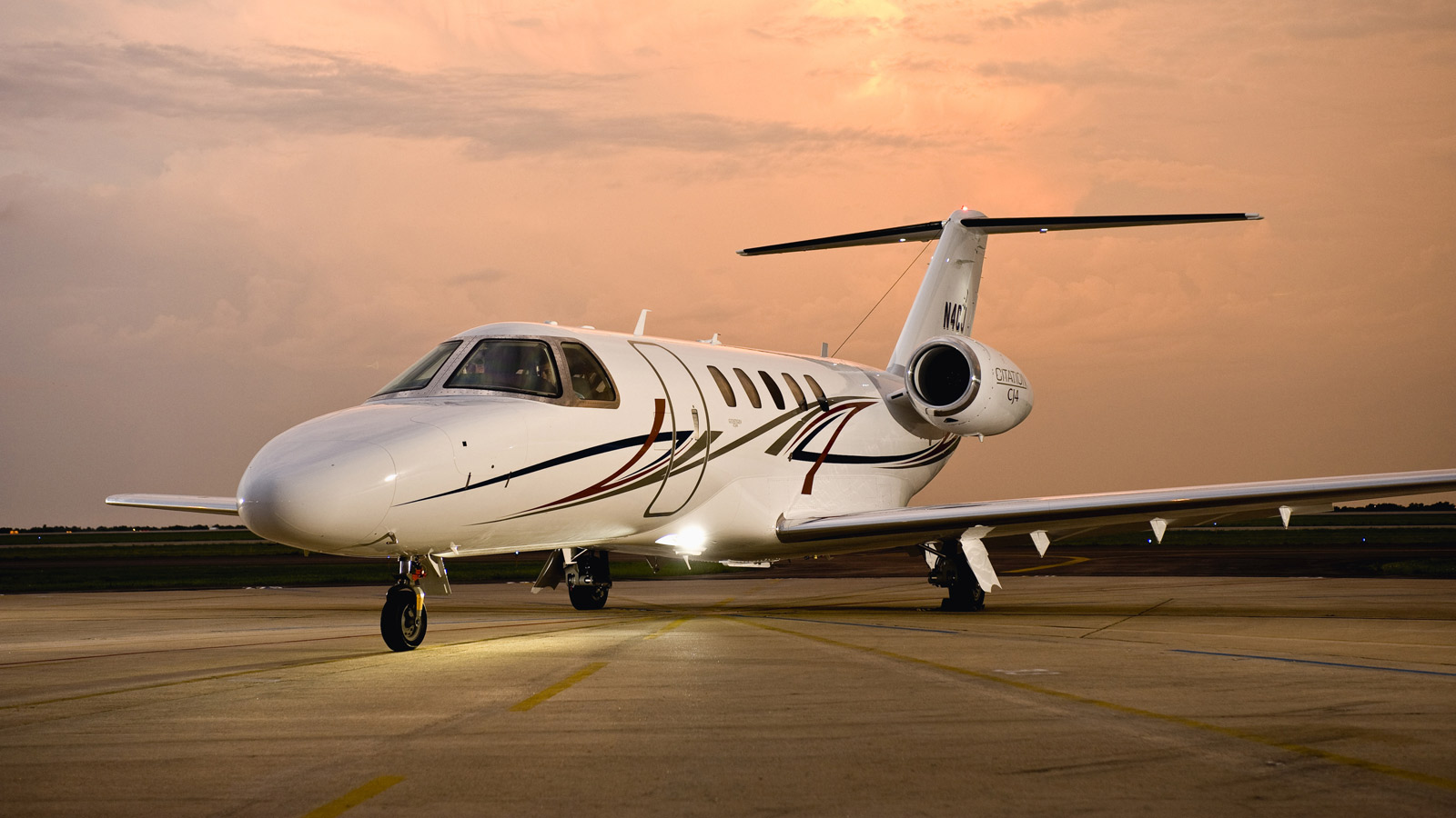 Cessna_Citation_Jet_CJ4_exterior