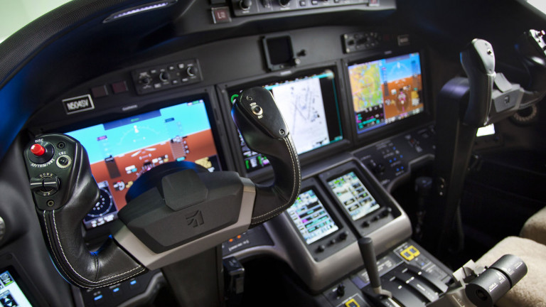 Cessna_Citation_Sovereign_Plus_Cockpit