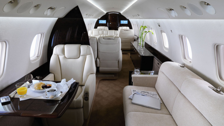 Embraer_Legacy_650_interior