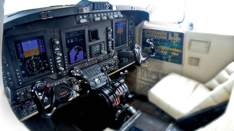 Beechcraft_KingAir_350i_cockpit