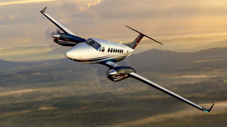 Beechcraft_KingAir_350i_exterior2