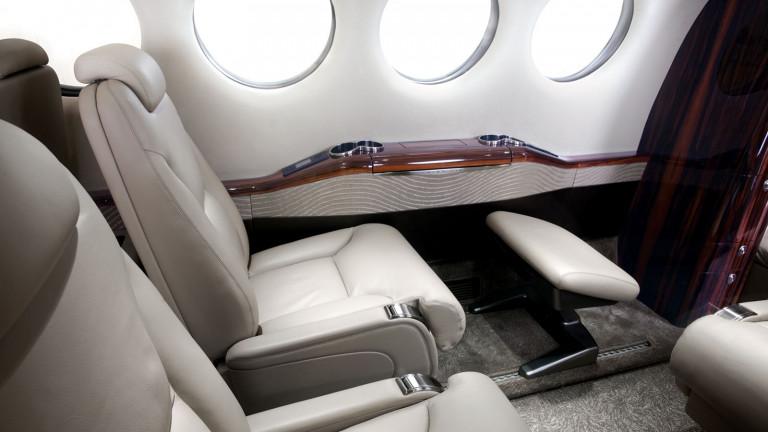 Beechcraft_KingAir_350i_interior1