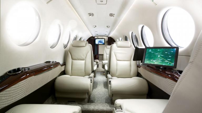 Beechcraft_KingAir_350i_interior2