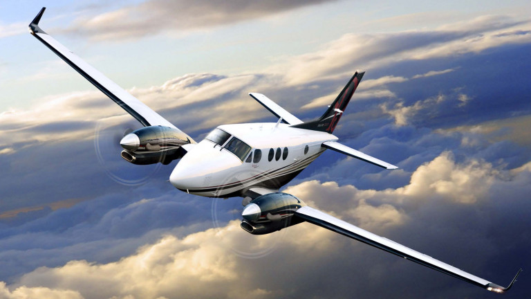 Beechcraft_King-Air-C90GTx